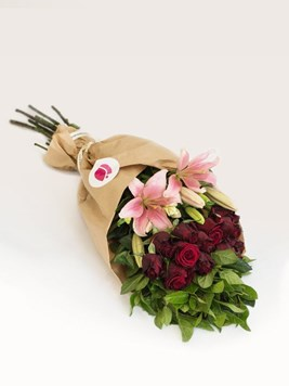 Bouquets: Arrange Your Own Pink & Red Bouquet